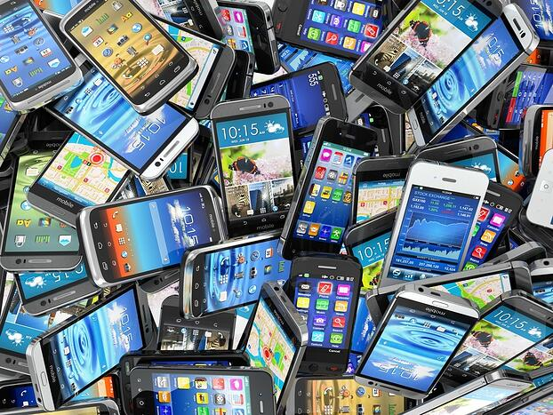 270.2 Million Smart Phones in the US. Is your dealership leveraging mobile tools.jpg