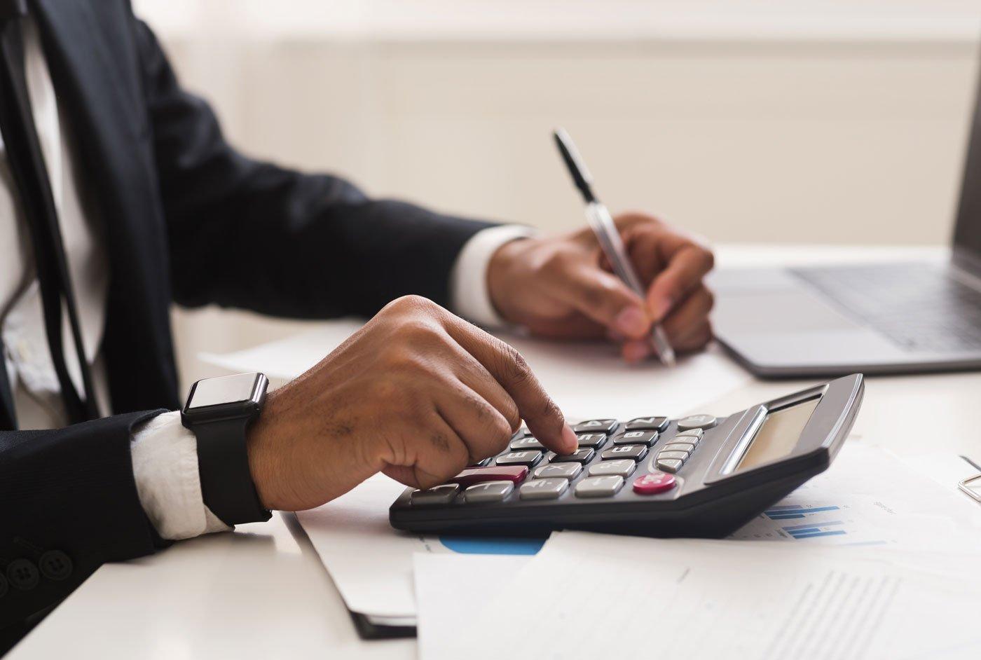 business-calculator-reinsurance-1400